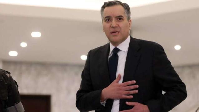"""لبنان يطرق باب جهنّم بعد """"تفجير"""" المبادرة الفرنسية بـ """"عبواتٍ"""" إقليمية"""