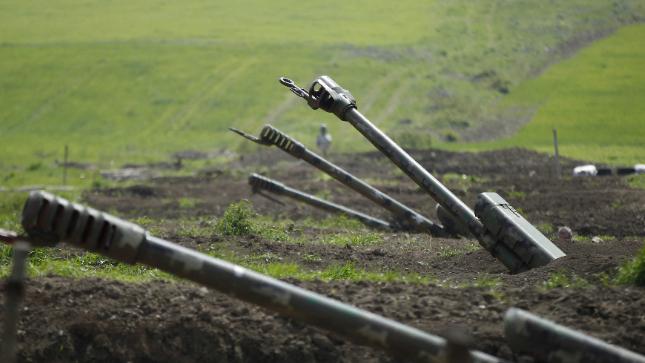 إشتباكات مسلحة بين أذربيجان وأرمينيا