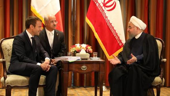 الإيرانيون مستاؤون من ماكرون... وموسكو تدخل على الخط