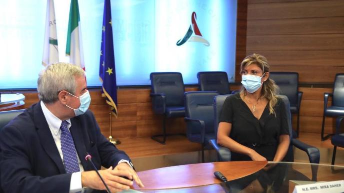 مساعدة وزير الخارجية الايطالية في بيروت اليوم ولقاءات للسفيرة في روما لزيادة المساعدات