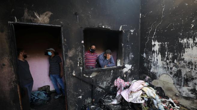 """إثر حصار غزّة: شمعة تطفئ """"ثلاث شمعات"""""""