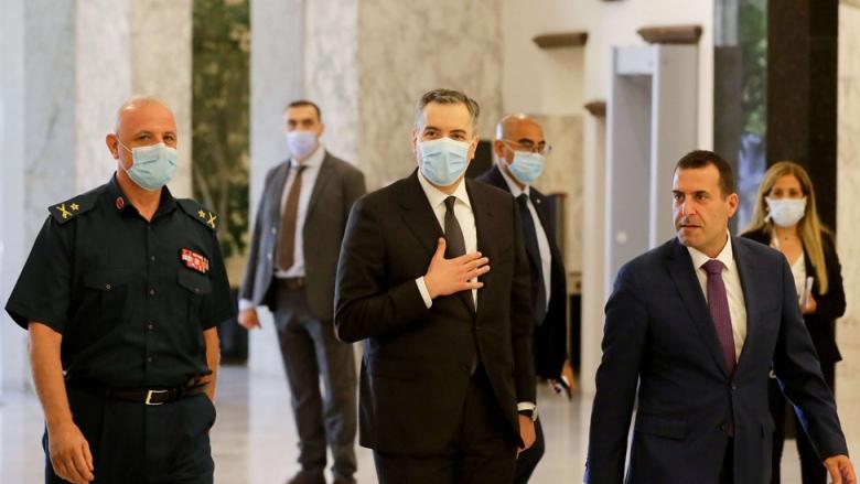 """دوّامة الشروط تعرقل ولادة الحكومة.. لبنان على """"محكّ"""" إنجاز حكومة أديب"""