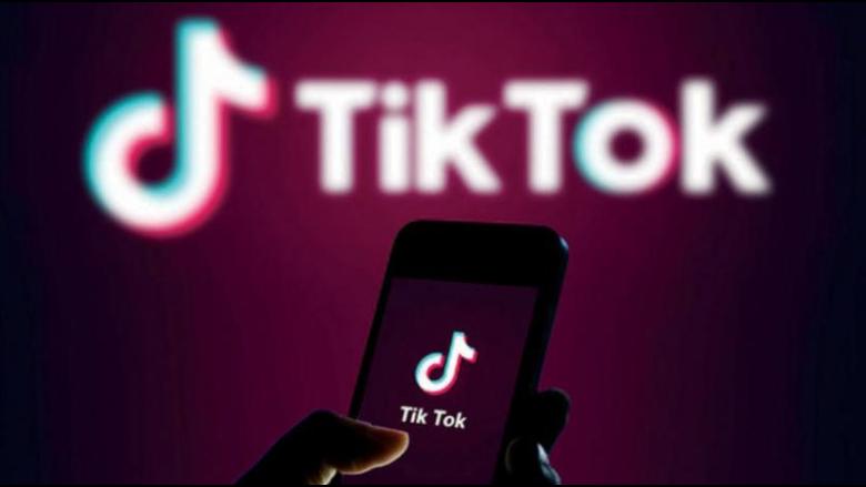 """فيديو خطير على تطبيق """"تيك توك"""".. والشركة تفشل في حذفه"""