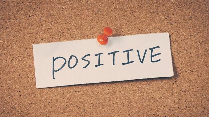 فوائد صحية يوفّرها التفكير الإيجابي
