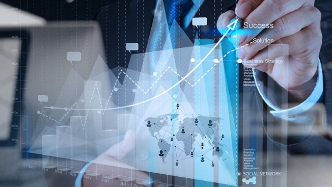 هل يمكن لاقتصاد المعرفة وقطاع التكنولوجيا أن يشكّلا الحل؟