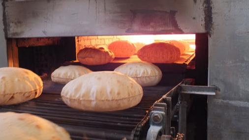 وزارة الإقتصاد تُعلن رفع سعر ربطة الخبز