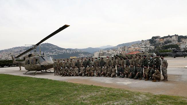 قائد الجيش عاين طوافة أعادتها القوات الجوية الى الخدمة