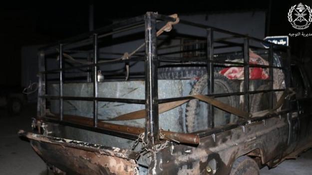 بالصورة: الجيش يضبط شاحنة تهرّب المازوت الى سوريا