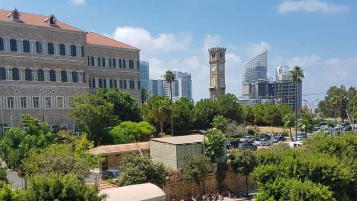 """الحكومة أسيرة """"تعطيل"""" محلي في لوحة """"شطرنج"""" دولية... وكارثة صحيّة تهدد لبنان"""