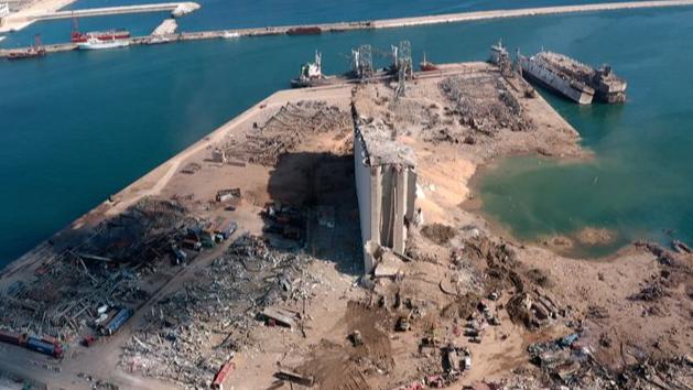 نائبان بريطانيان يسعيان لإجراء تحقيق بشأن شركة مسجّلة في بريطانيا قد يكون لها صلة بانفجار بيروت