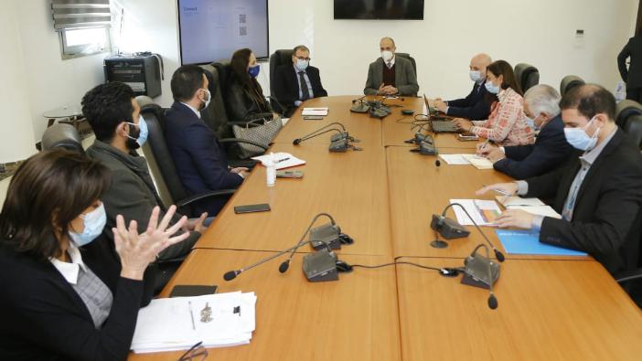 خطة لتلقيح الفلسطينيين.. وإتصالات مع المجتمع الدولي