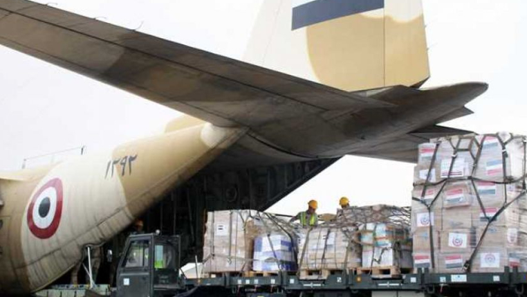 وصول 3 طائرات مساعدات من مصر والجامعة العربية