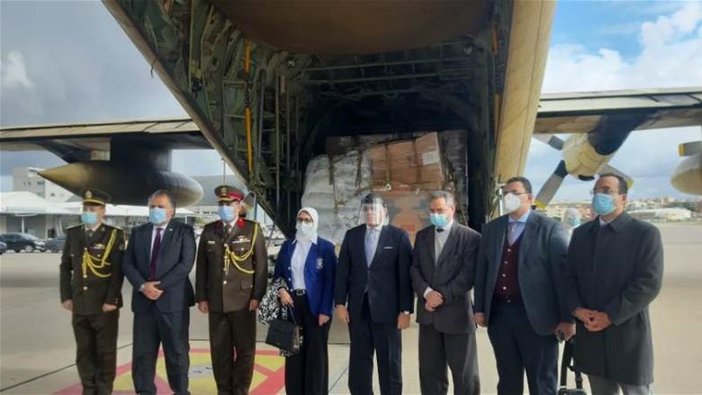 وزيرة الصحة المصرية في لبنان.. جسر المساعدات الجوي للبنان مستمر طالما الجائحة مستمرة