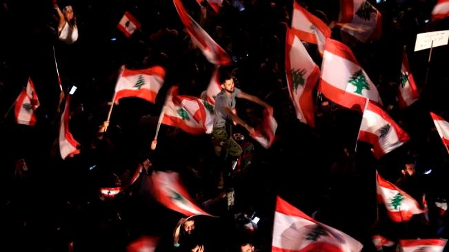 عام مضى وآخر آتٍ.. ولبنان يتخبط بين جائحتَين