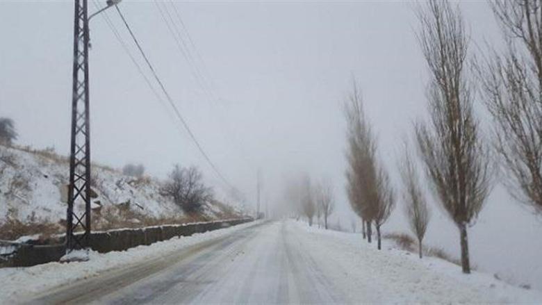 اليكم الطرقات الجبلية المقطوعة بسبب تراكم الثلوج