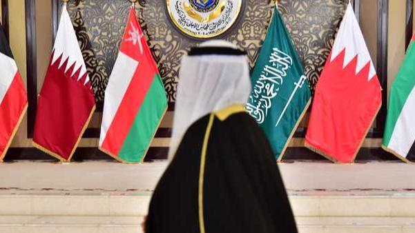 الأزمة الخليجية نحو الحل.. السعودية تفتح حدودها مع قطر