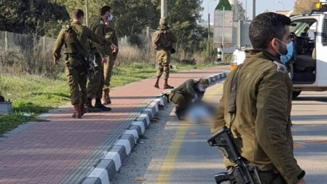 بعد محاولته تنفيذ عملية طعن.. إستشهاد فلسطيني برصاص إسرائيلي