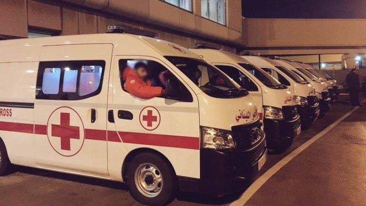بالفيديو: سيارات الإسعاف تنتظر أمام أحد أقسام الكورونا