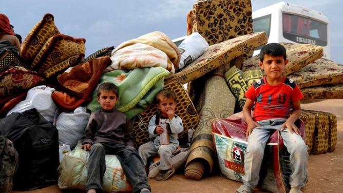 """""""الإيكونوميست"""" تعرض بالأرقام حياة اللاجئين السوريين في لبنان"""