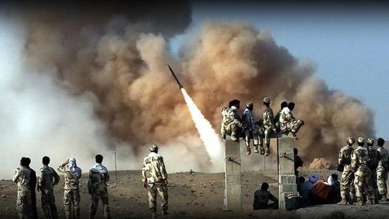 بالفيديو: الحرس الثوري يدشّن قاعدة صواريخ في الخليج