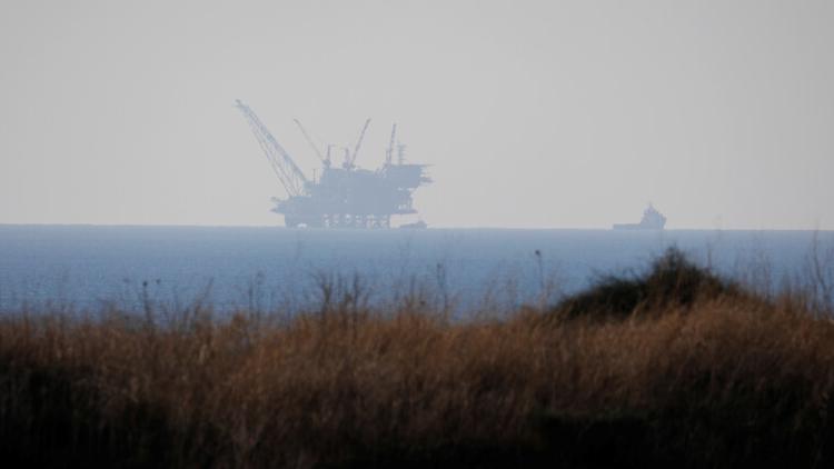 موفدان أميركيان: تشابك الغاز بالترسيم.. والتطبيع