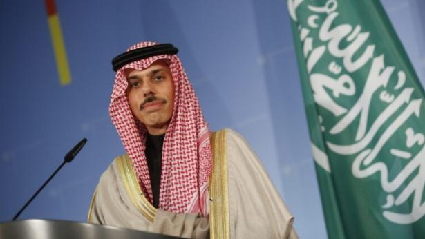 الخارجية السعودية: قلقون بشأن الوضع السياسي والإقتصادي في لبنان