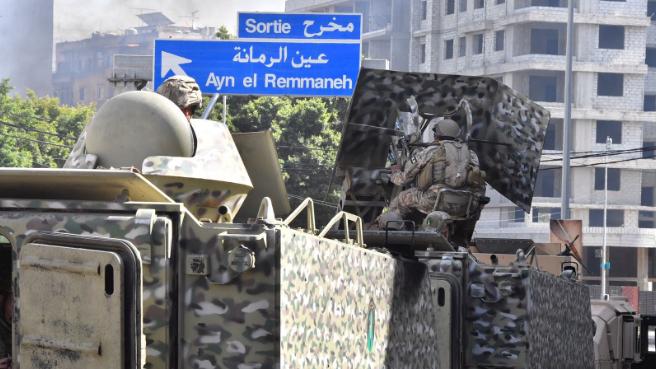 بازار سياسي دموي: مصير النظام اللبناني على طاولة التشريح