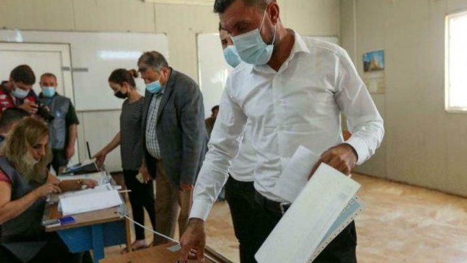 إدارة الدول والمجتمعات الانقسامية والانتخابات