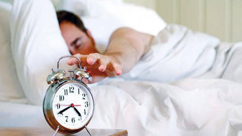 لماذا نجد صعوبة في الاستيقاظ صباحا في الشتاء؟