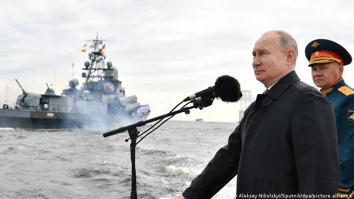 بوتين عن انفجار المرفأ: كارثة مرتبطة بتحقيق مكاسب.. وسنقدّم صور الاقمار الصناعية