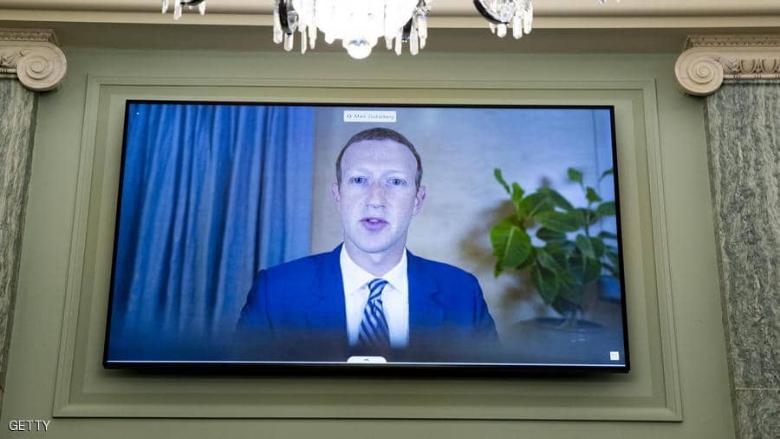 بسبب أعطال فيسبوك.. ثروة زوكربيرغ تتراجع إلى 121 مليار دولار