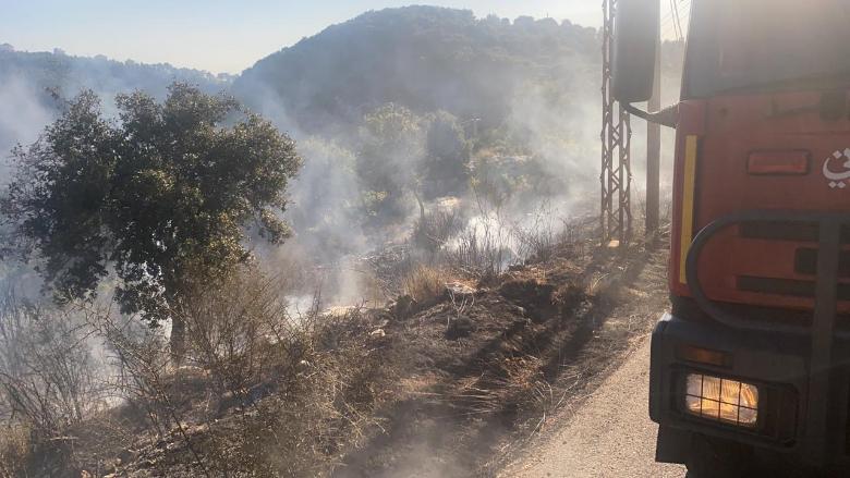 إخماد حريق قرب عمود إرسال تابع لأوجيرو في بلدة بنتاعل