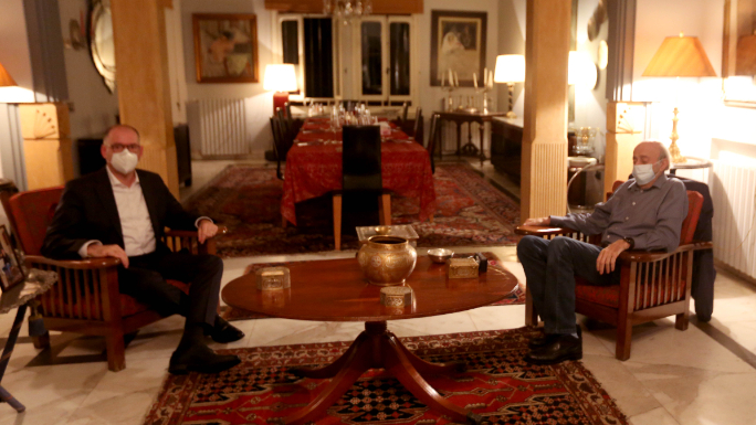 جنبلاط بحث مع وفد ألماني الأوضاع السياسية