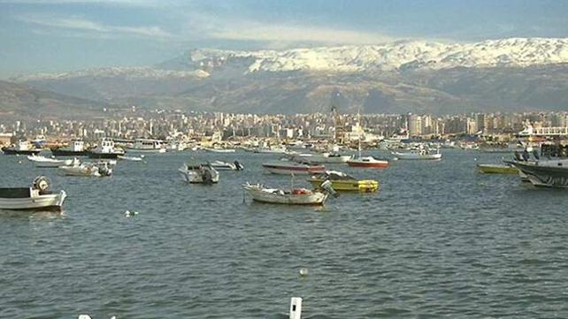 طرابلس تعوّل على توسعة مينائها للخروج من أزمتها المعيشيّة