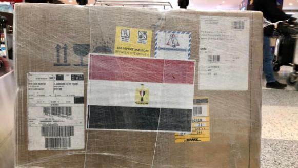 السفير المصري: وصول شحنة ريمديسفير الى مطار بيروت في اطار جسر المساعدات المصرية