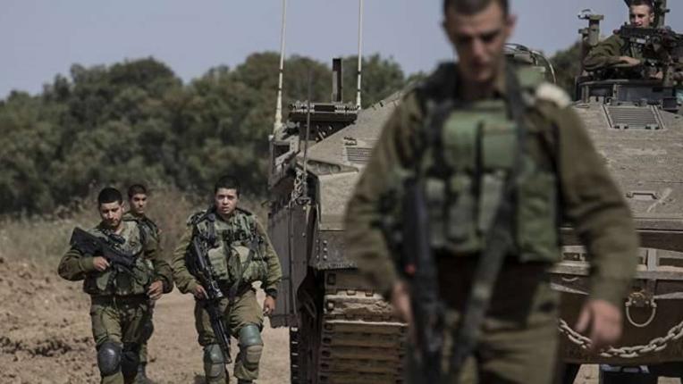 مناورات حدودية وإسقاط للمسيرات.. هل تندلع مواجهة عسكرية في الجنوب؟