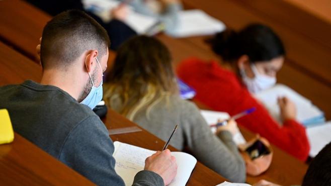 """""""التربية"""" في """"التقدمي"""": لعودة تدريجية للتعليم من آذار وتطعيم القطاع وضمان حقوق المعلمين والمتعاقدين"""