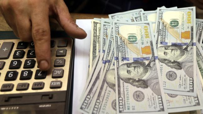 """سعر صرف """"الدولار"""" في السوق السوداء لليوم الخميس"""