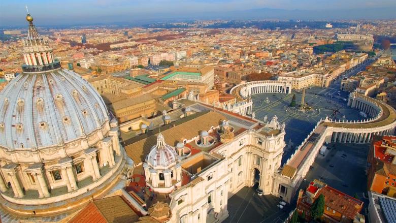 """تكاملٌ بين """"جرأة"""" جنبلاط و""""حرص"""" الراعي.. والتفاف باسيل سقط أمام ثوابت الفاتيكان"""