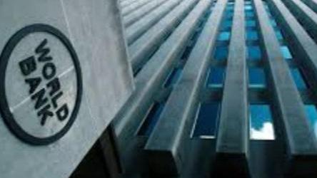 البزري: البنك الدولي ليس بوارد وقف تمويل اللقاح للبنان