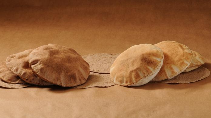 قلق اللبنانيين يتواصل... ما حقيقة رفع سعر ربطة الخبز إلى 3000 ليرة؟