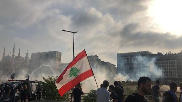 لبنان مرشّح لفوضى عارمة... إلّا إذا!