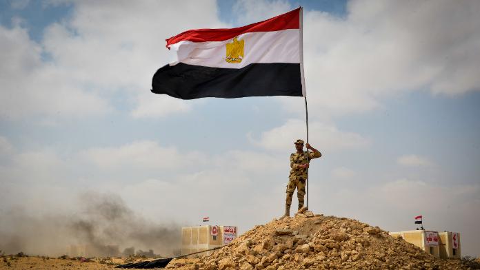 مصر تعود إلى الساحة العربية.. والإدارة الأميركية تقوم بخطوة للوراء