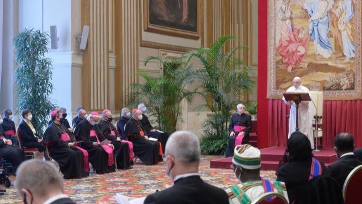 """الفاتيكان على خط المساعي... و""""مناورة"""" باسيل مكشوفة بالاتجاهين: بيان الترحيب وزيارة بكركي"""