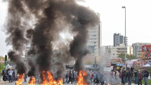 الحكومة خرجت من أيدي اللبنانيين... لتوضع في ثلاجة الانتظار!