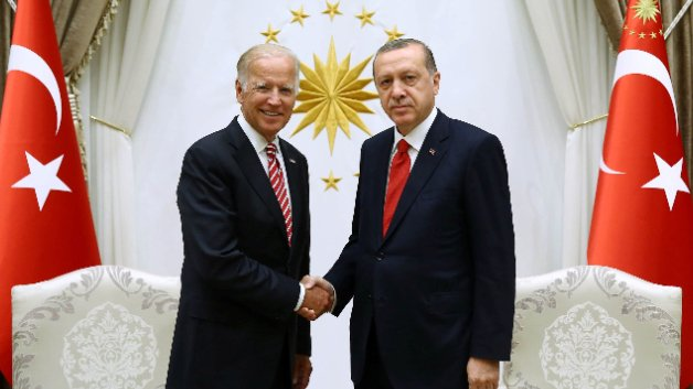 Turkey's balancing act: Building better relations with the US or Russia
