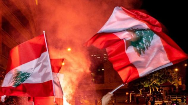 لا مبادرات داخلية مطروحة.. وحراك دبلوماسي في بيروت خشيةً من الانهيار