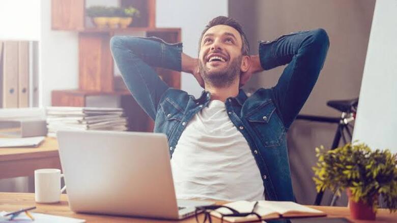 تقليل ساعات العمل طريقك إلى السعادة