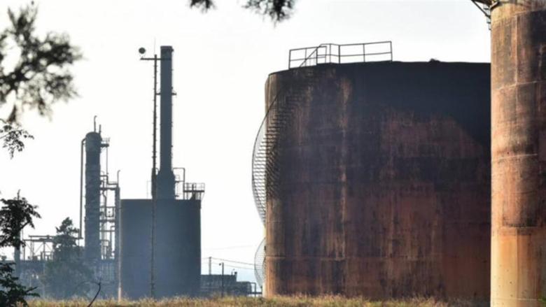 هل تنجح منشآت النفط في مواجهة مافيا المازوت؟