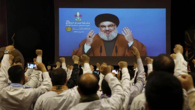 ديبلوماسيون غربيون وعرب: عون واجهة نصرالله لتعطيل تشكيل الحكومة